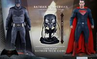 Imagen de Batman v Superman Dawn of Justice MMS 1/6 Batman & Superman Exclusive Set (2)