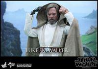 Imagen de Star Wars Episode VII Figura Movie Masterpiece 1/6 Luke Skywalker 28 cm