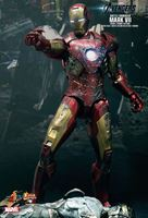 Imagen de Los Vengadores Figura Iron Man MK VII Battle Damaged Movie Promo