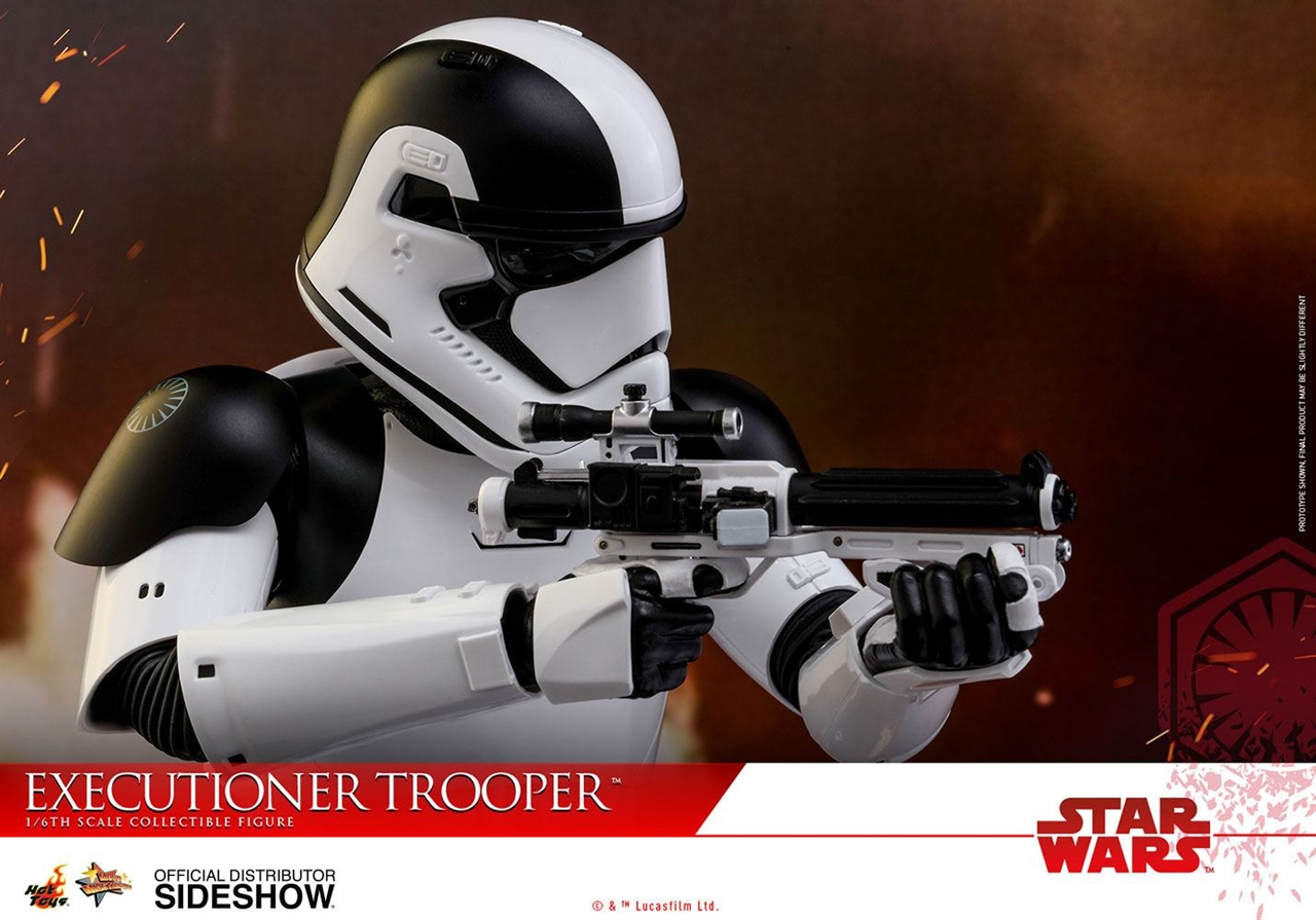 Imagen de Star Wars Episode VIII Figura Movie Masterpiece 1/6 Executioner Trooper 30 cm