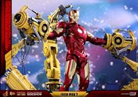 Imagen de Iron Man 2 Figura Diecast Movie Masterpiece 1/6 Iron Man Mark IV & Suit-up Gantry 32 cm